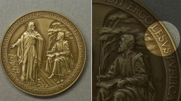 Jesus Misspelled: Vatican Releases Thousands of medals that Read 'Lesus'