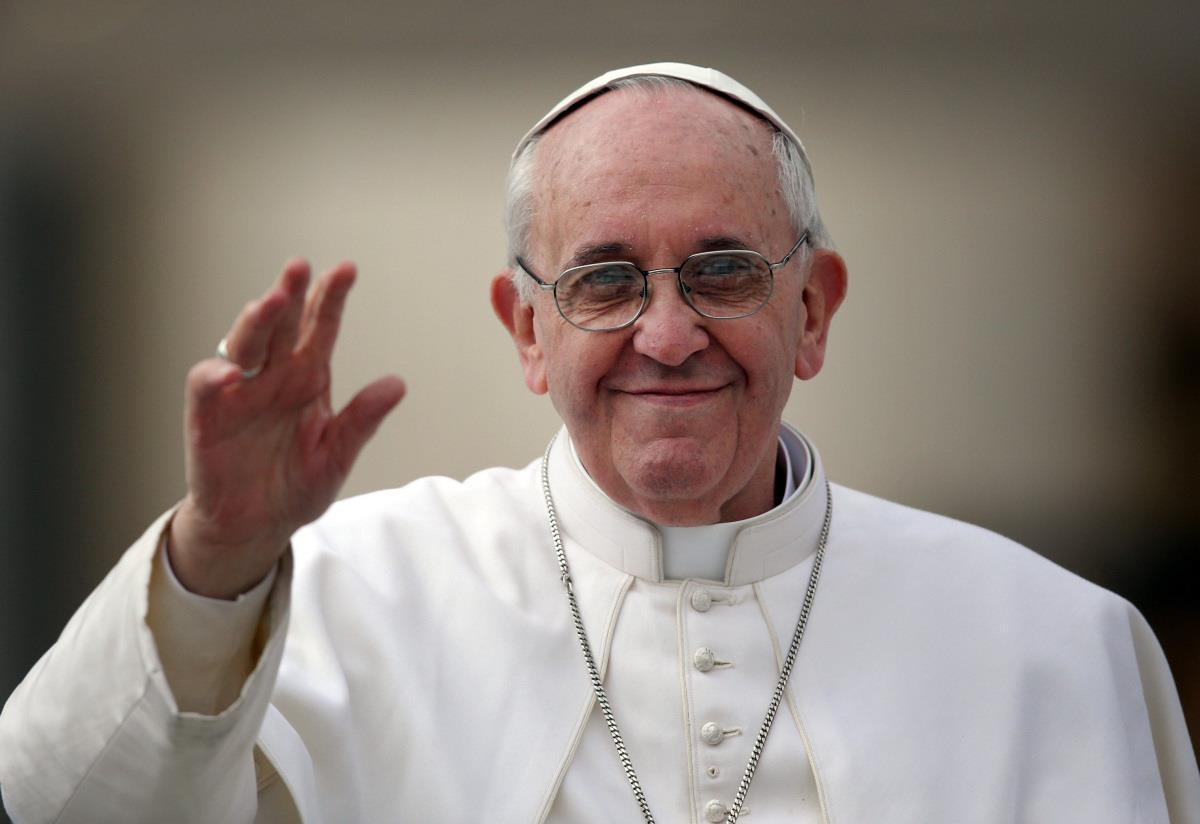 Pope says Church should 'divest' like St Francis