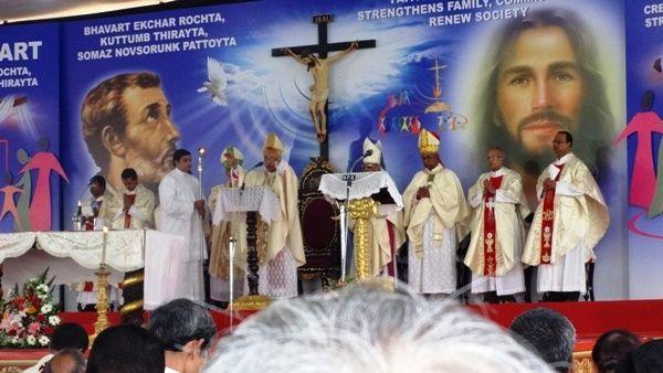 Goa: Mangaluru bishop inaugurates exposition of Sacred Relics of St Francis Xavier