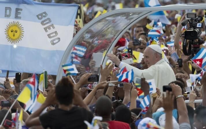 Cuba: Pope Francis celebrates Mass before thousands