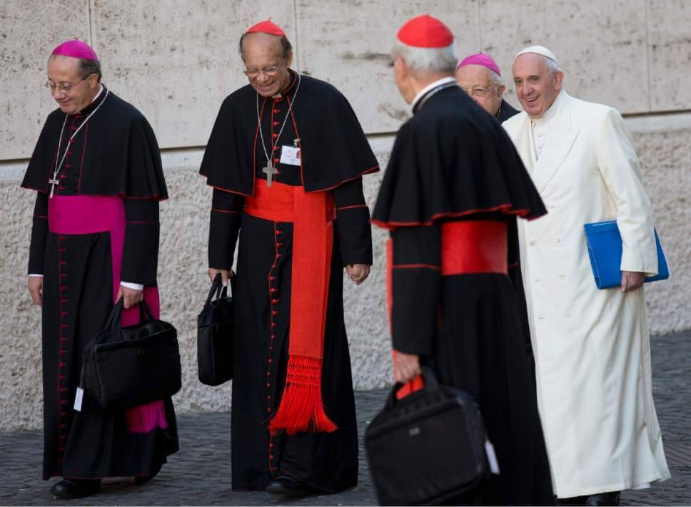 Tense Vatican summit ends by opening door for divorced, punting on gays